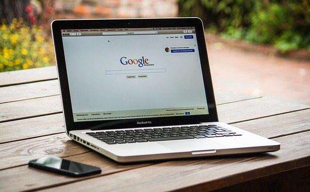 Come segnalare sito a Google